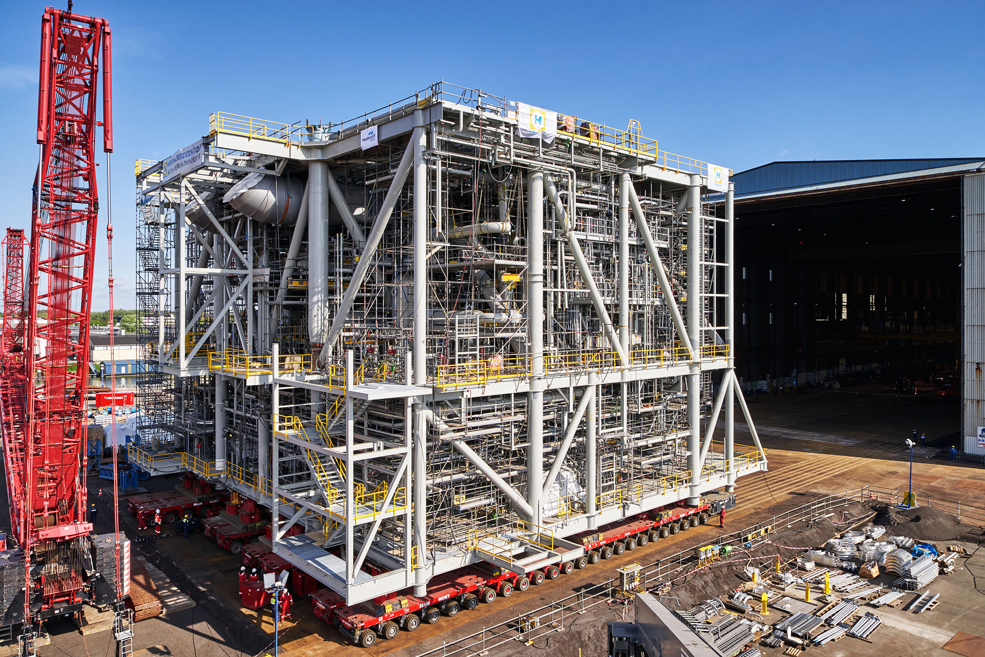 Heerema Fabrication Group  - Marathon Alba project