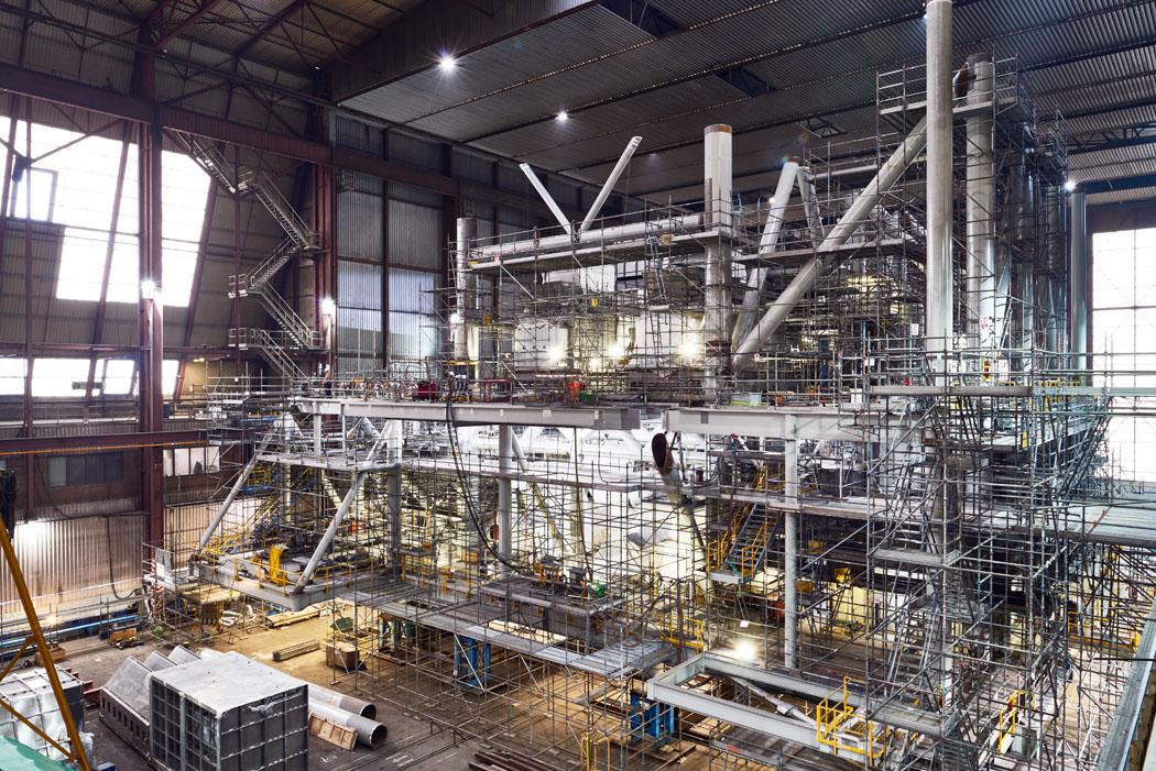 Heerema Fabrication Group  - Marathon Alba project